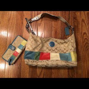 COACH Hobo bag & wallet: matching.  🎉HOST PICK🎉